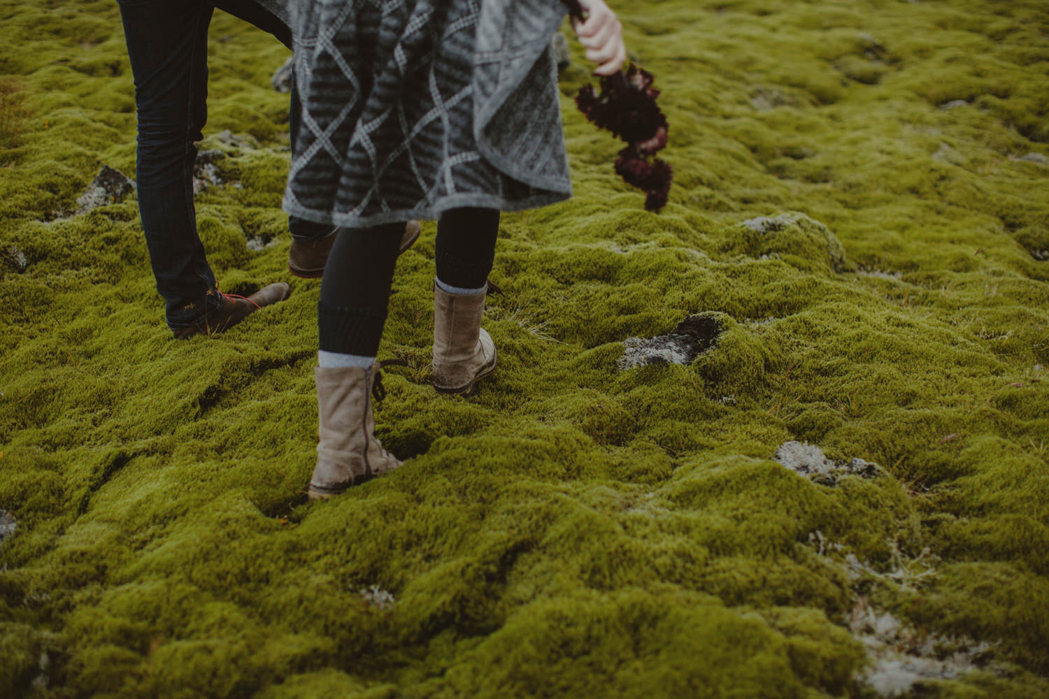 ICELAND_ELOPEMENT_SAMMBLAKE_BROOKETAVIS_WEDDING_004