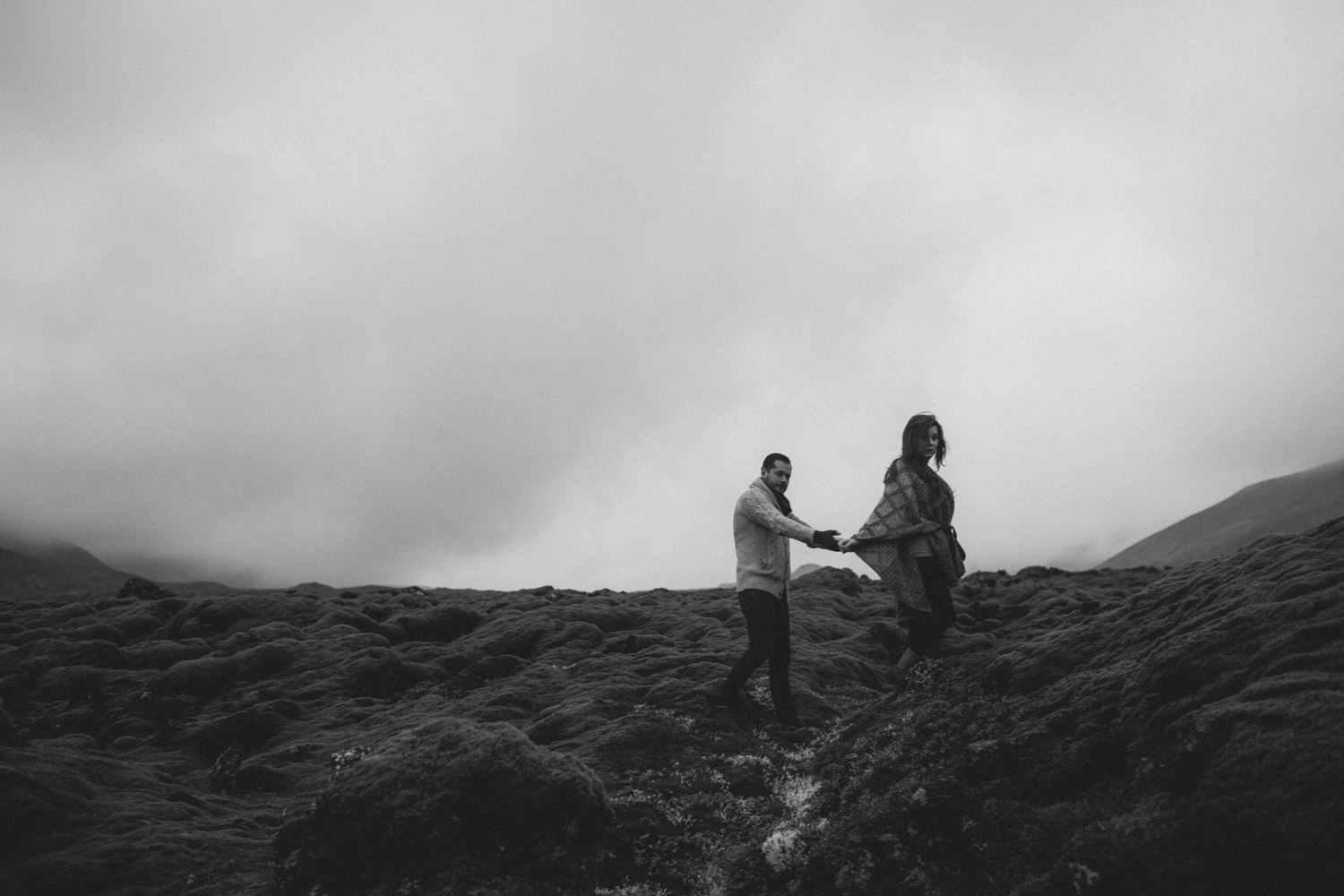 ICELAND_ELOPEMENT_SAMMBLAKE_BROOKETAVIS_WEDDING_009