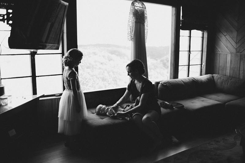 sammblake_wedding_thorncrown_chapel_eurekasprings_ arkansas_007