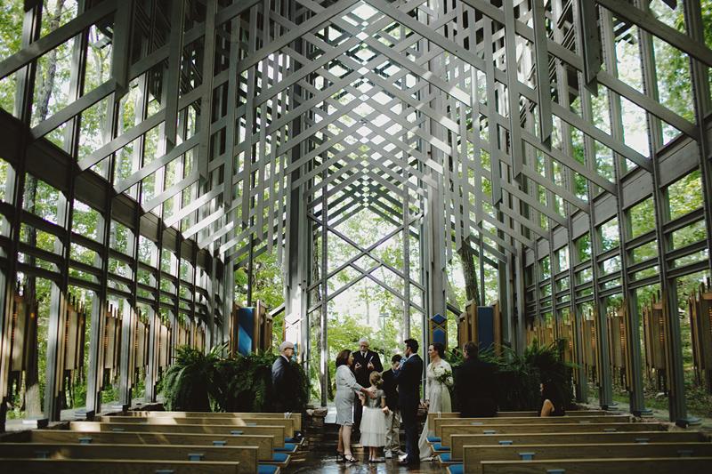sammblake_wedding_thorncrown_chapel_eurekasprings_ arkansas_025