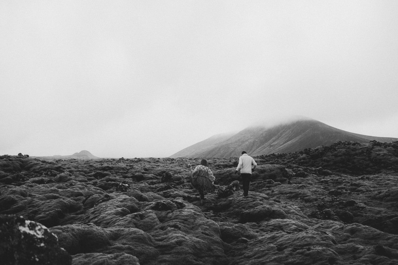 ICELAND_ELOPEMENT_SAMMBLAKE_BROOKETAVIS_WEDDING_017