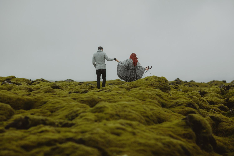 ICELAND_ELOPEMENT_SAMMBLAKE_BROOKETAVIS_WEDDING_025